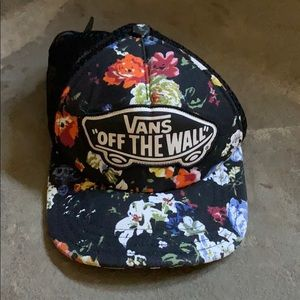 Vans black floral trucker hat